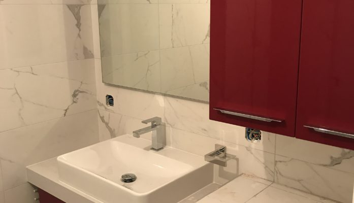 Salle de bain marbre blanc II